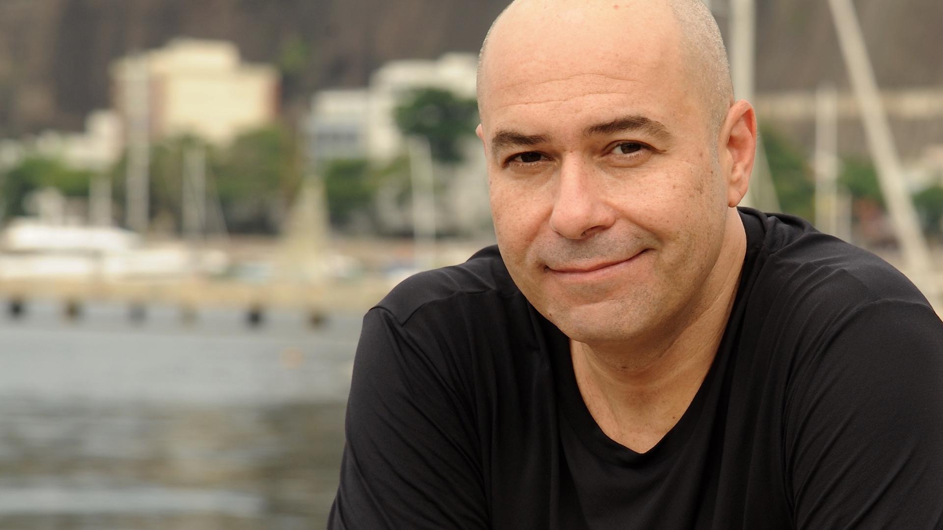 Hamleto Stamato Trio lançando: Ponte Aérea com Erivelton Silva e Augusto Mattoso